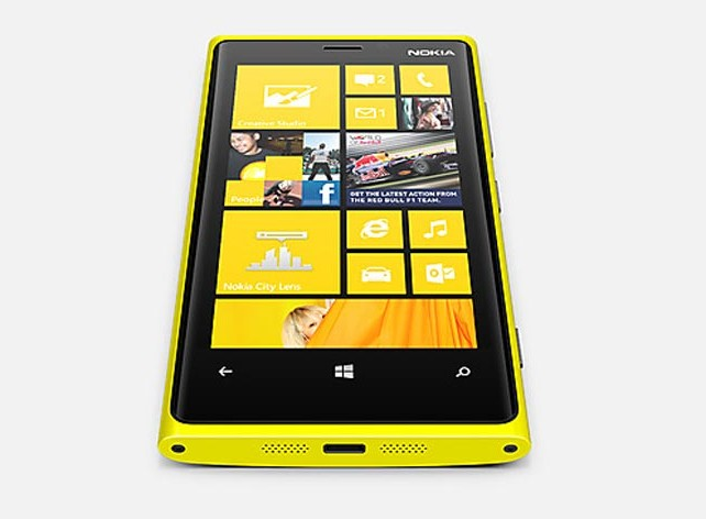 Llega Nokia Lumia 920 con Windows Phone 8